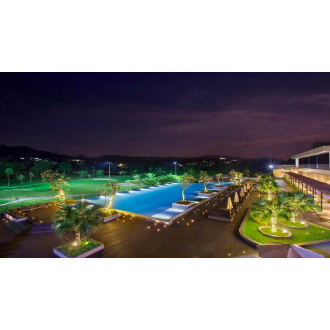 Radisson Hotel Batam + 02 Ways Ferry & Taxes + Private Land Transfer
