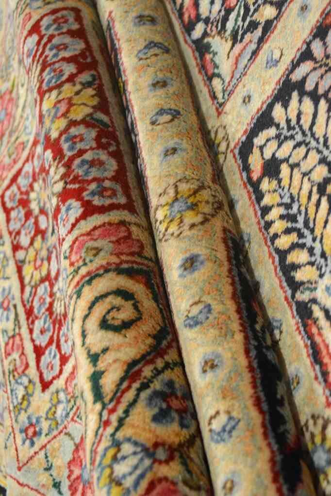 Tabriz - Art & Crafts By William Morris | 16 x 11 ft | 100% Pure Wool | Handmade | Brand New