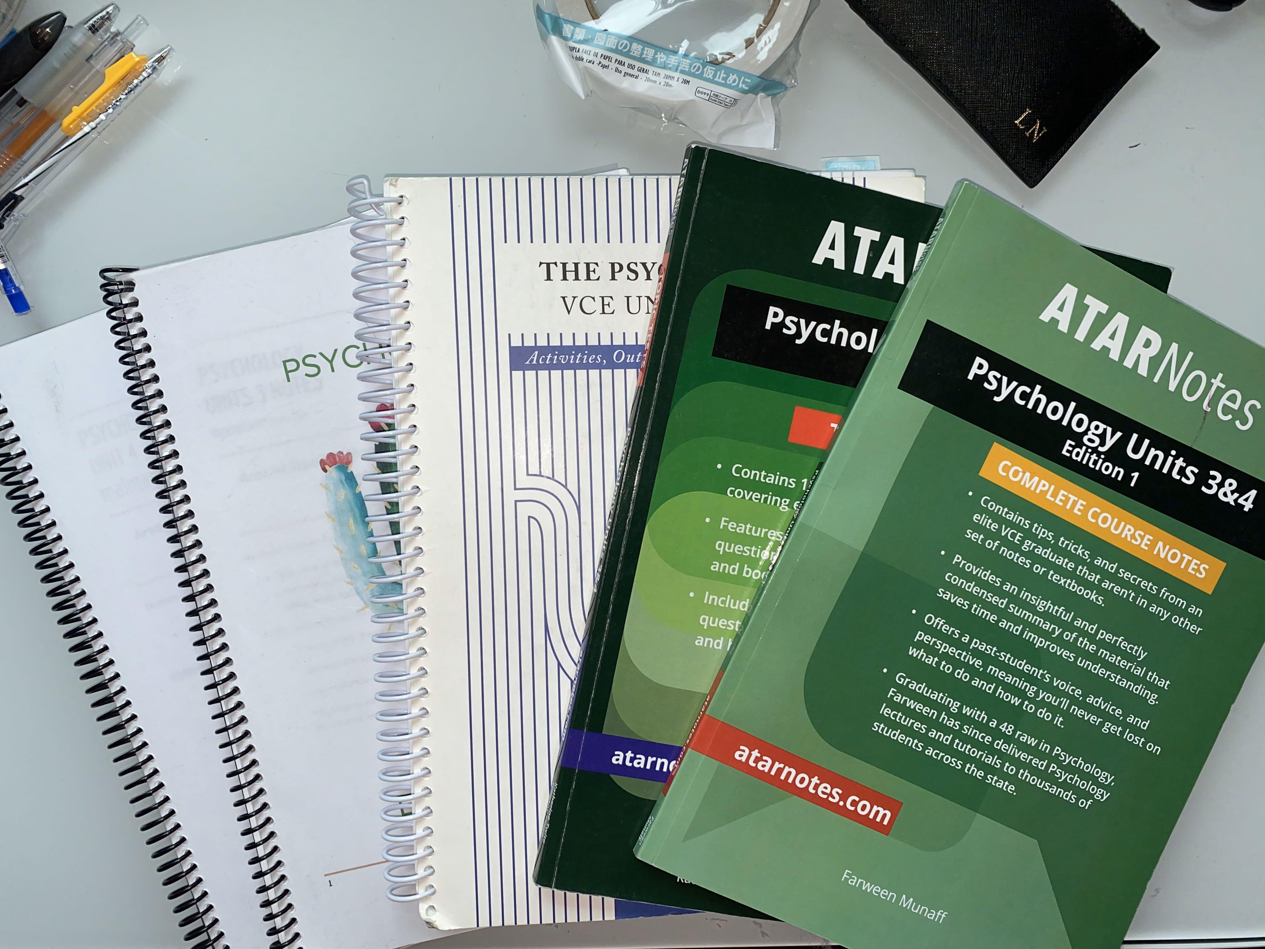 U3/4 Psychology  atar notes, spiral workbook, notes