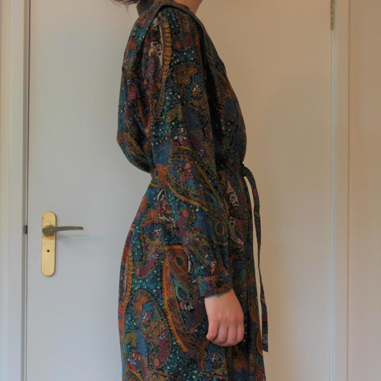 Vintage Paisley Dress W AUS14, 1960s, front buttons, belt and buckle