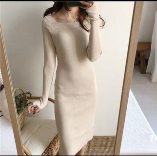 不對稱寬領修身顯瘦側開衩針織洋裝