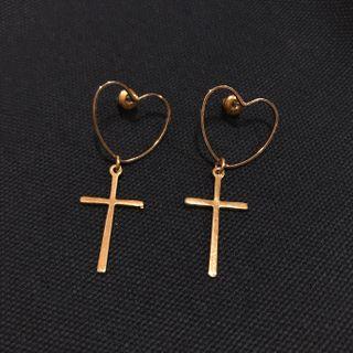 愛心十字架耳環
