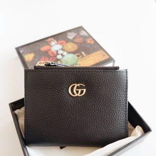 Gucci authentic leather bip gift wallet