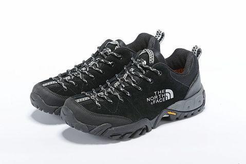 2019秋冬季The North Face 牛皮防水低幫登山鞋 乐斯菲斯休閒戶外鞋 北臉徒步鞋 39-44號  卡其,黑色,灰色