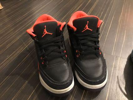 AJ3 女生籃球鞋 us6.5y (24.5cm)