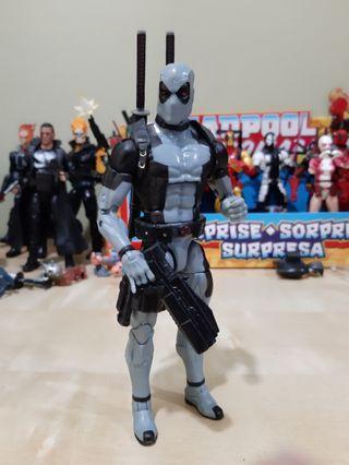 Marvel Legends XFORCE DEADPOOL - hasbro