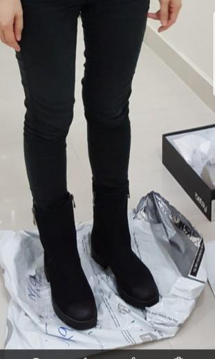Brandnew Betsy Winter Autumn Boots