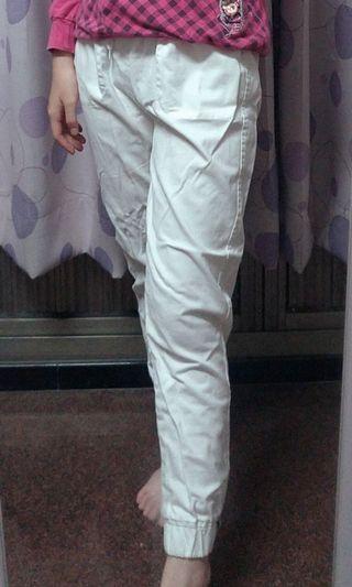 白色鬆緊腰束口長褲