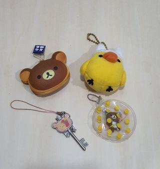 Rilakkuma assorted keychains set