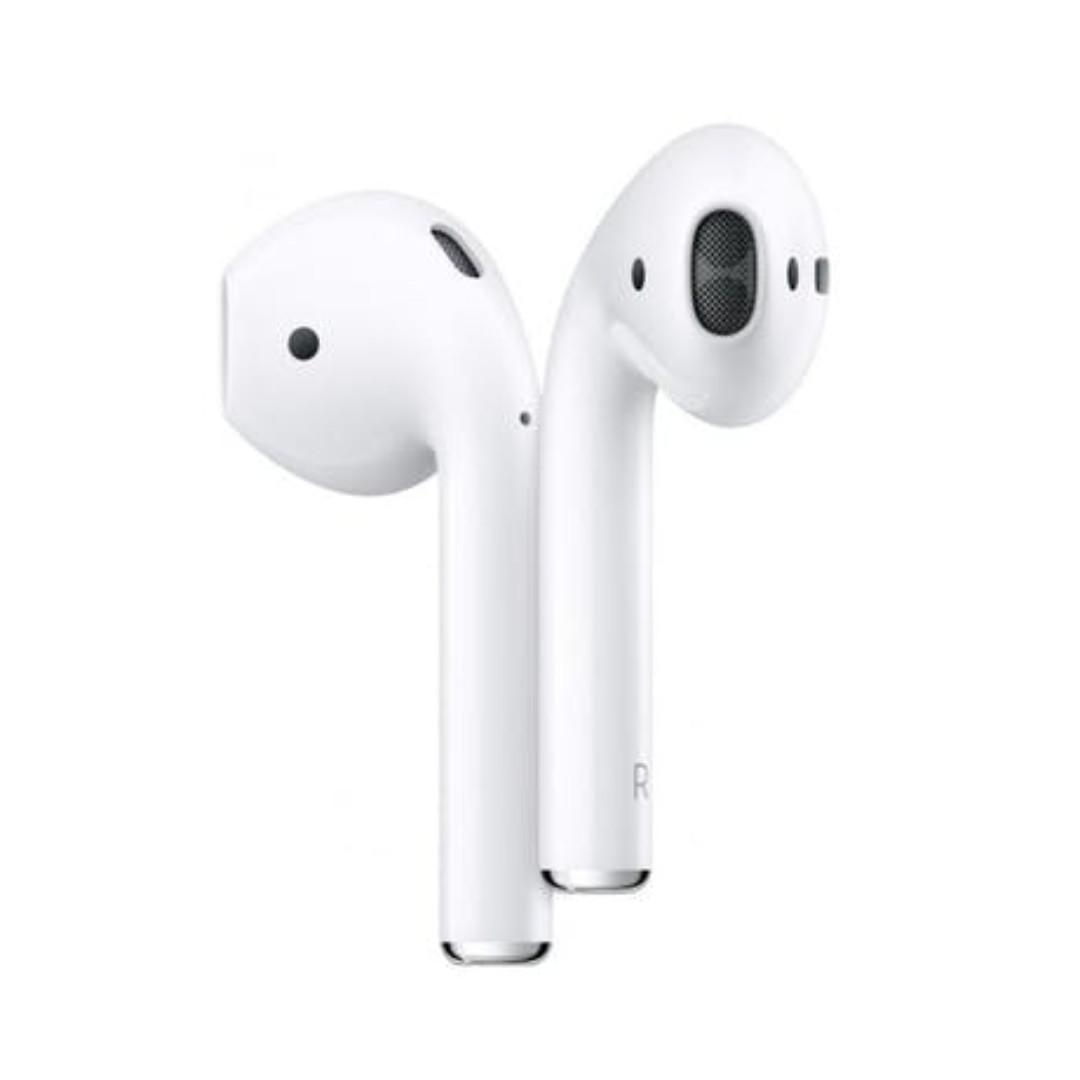 Apple MRXJ2ZA/A AirPods with Wireless Charging Case - White