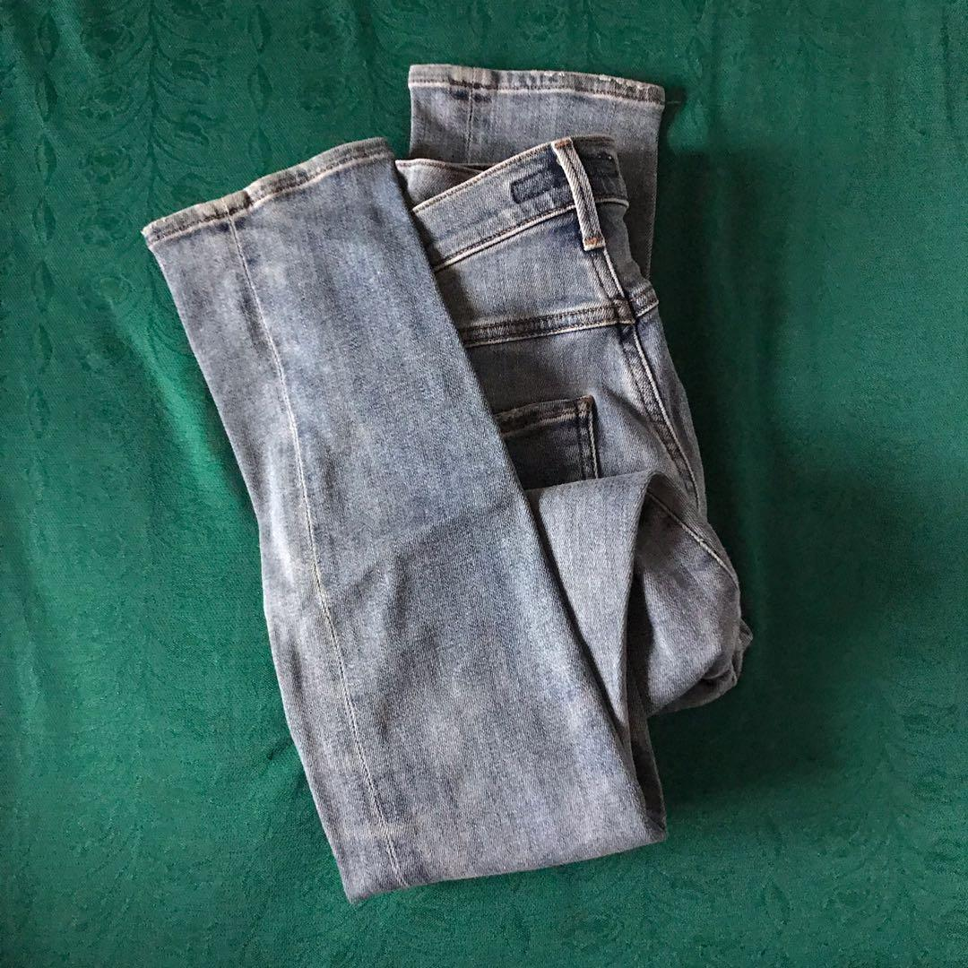 Aritzia Wilfred x Citizens of Humanity High Waisted Denim Skinny Jeans