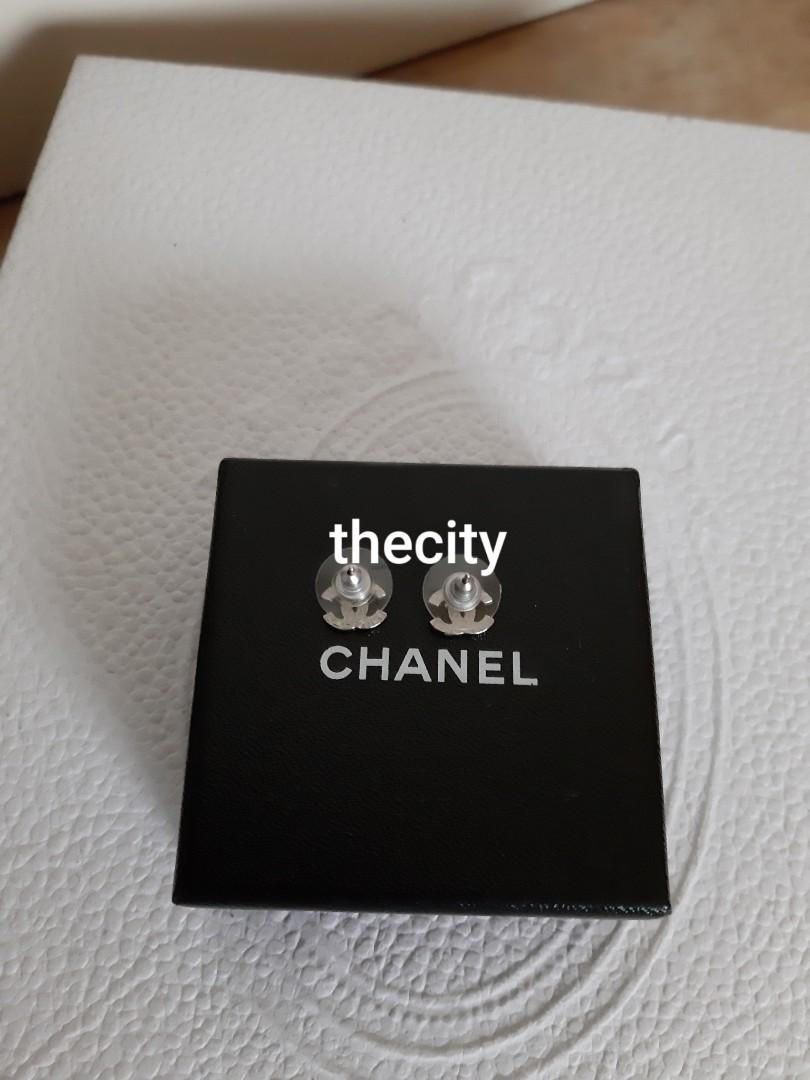 AUTHENTIC CHANEL MINI CC LOGO CRYSTAL EARRINGS- ALL CRYSTALS INTACT- SILVER - COMES WITH CHANEL BOX - SOLD