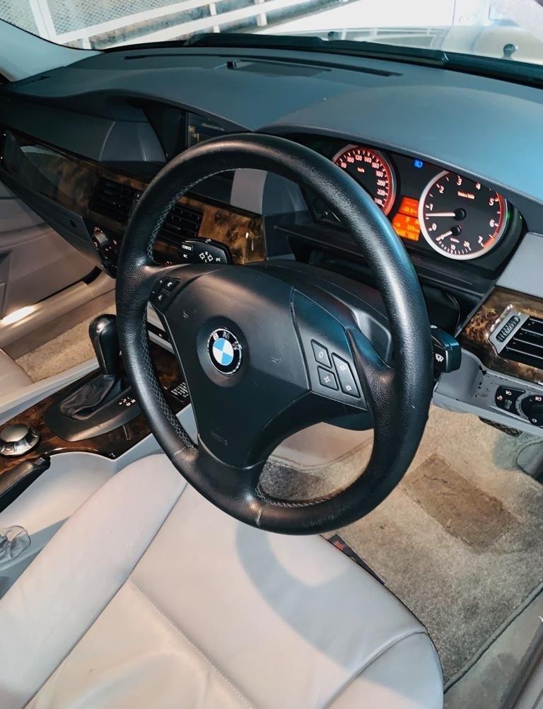 BMW 520iA 2004