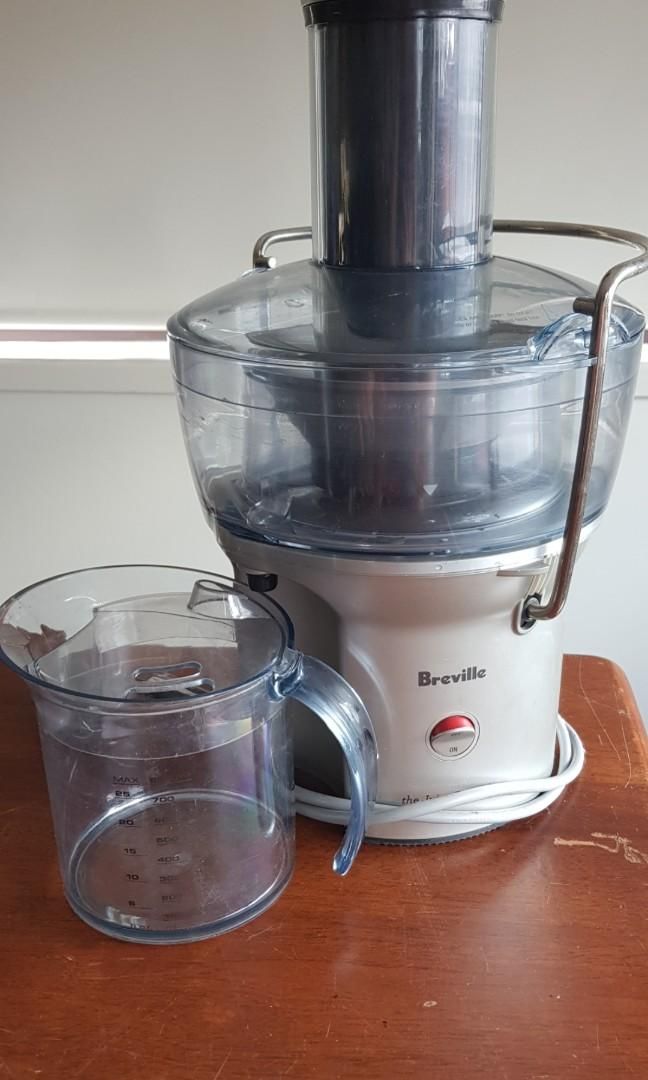 Breville juicer- 'The Juice Fountain'