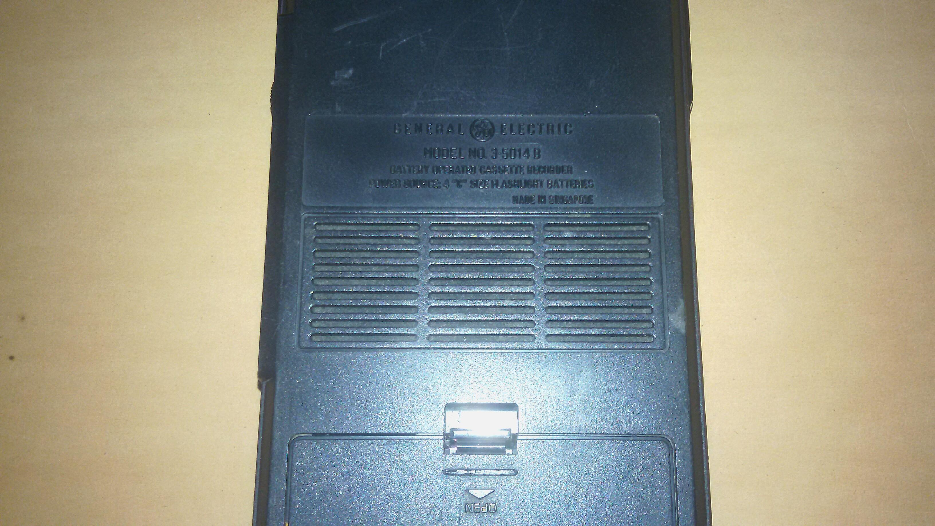 GENERAL ELECTRIC Cassette Recorder