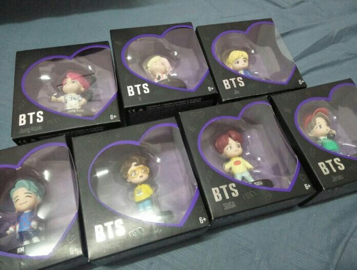 (INTEREST CHECK/READY STOCK) HOUSE OF BTS FIGURINES