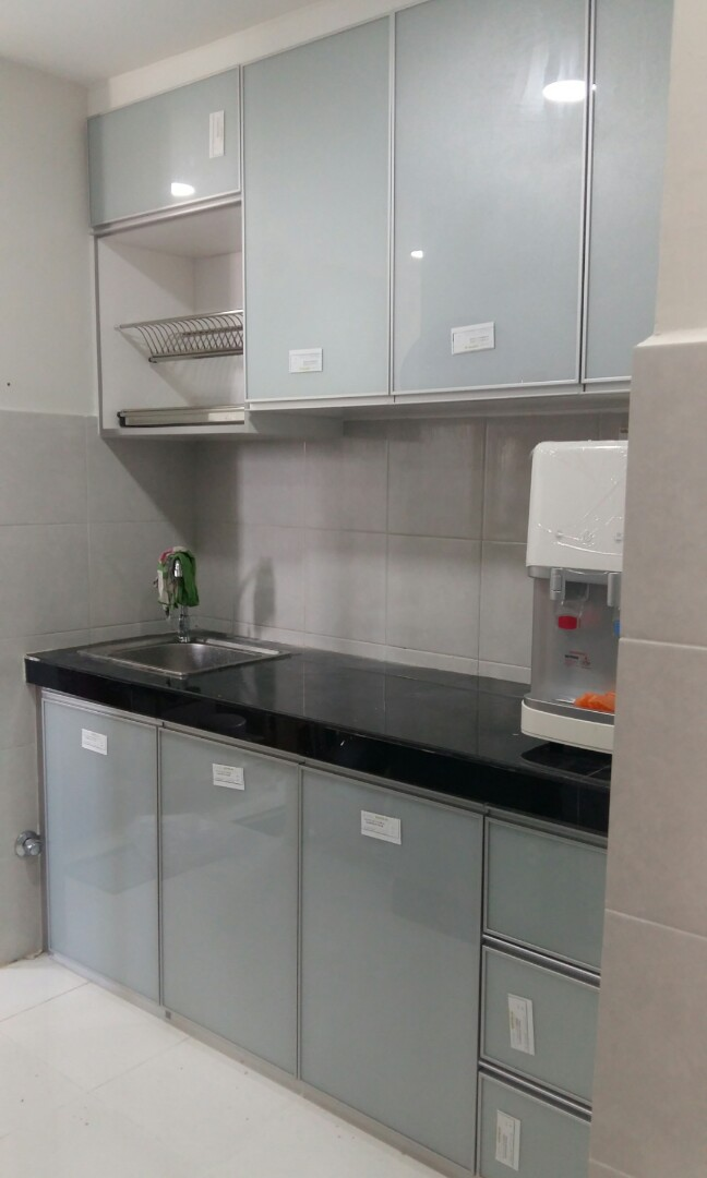 Kitchen Cabinet Acrylic 3g Home Furniture Furniture On Carousell