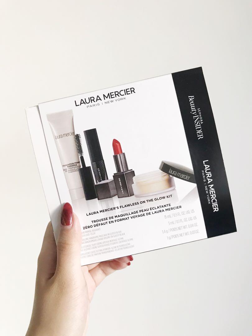 Laura Mercier Flawless On The Glow Kit