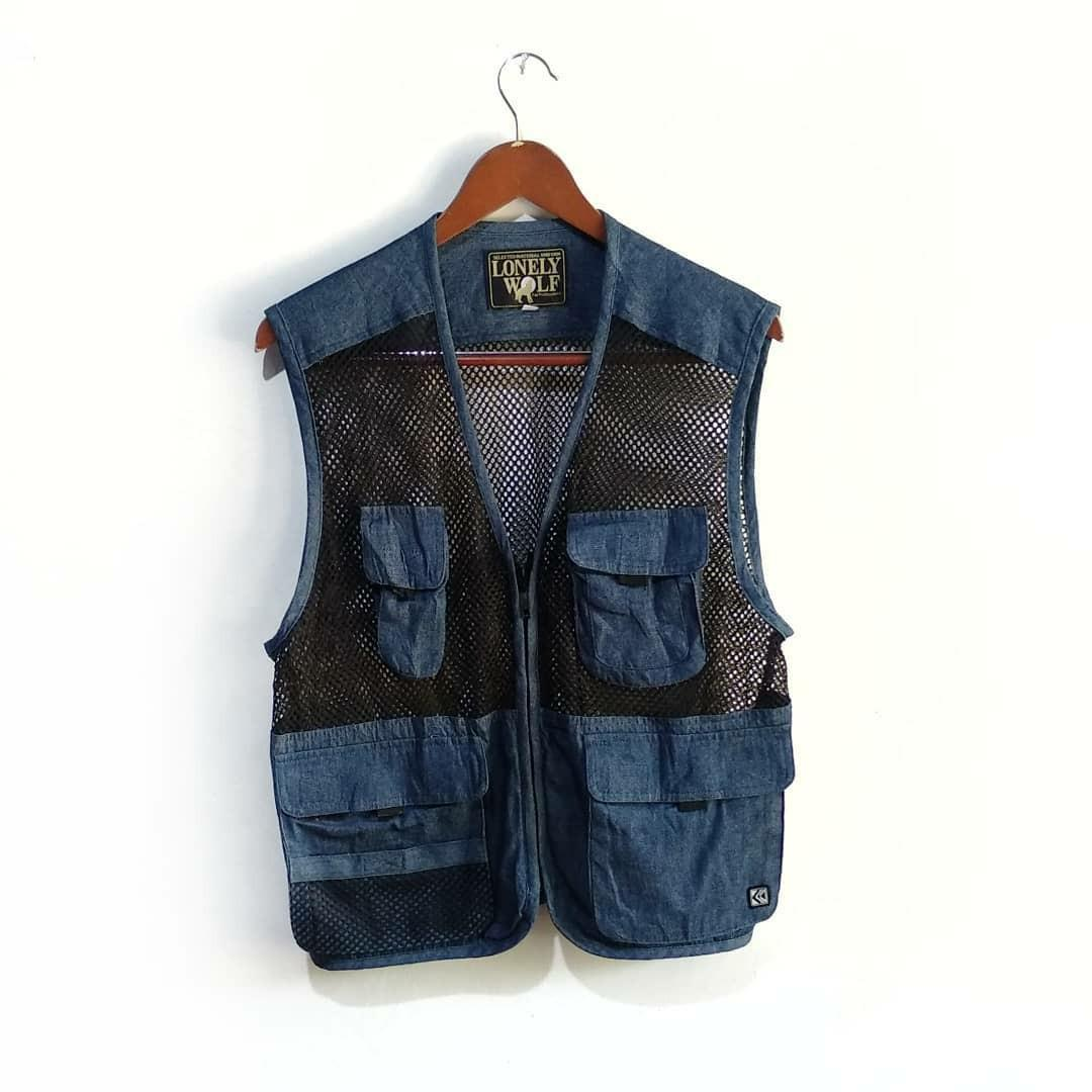 LONELY WOLF VEST