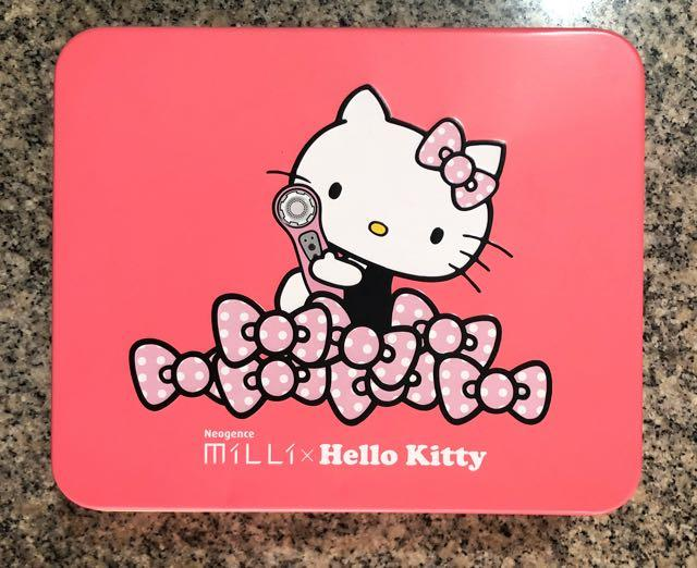 Neogence MiLLi x Hello Kitty 霓淨思音波淨化潔膚儀Hello Kitty聯名款