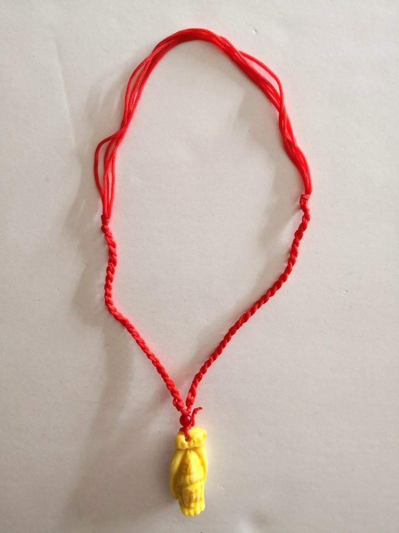 NEW Leshan Ancient Giant Buddha's Hand With Buddha's Head Carving Yellow Beige White Ceramic Pendant Red String Necklace