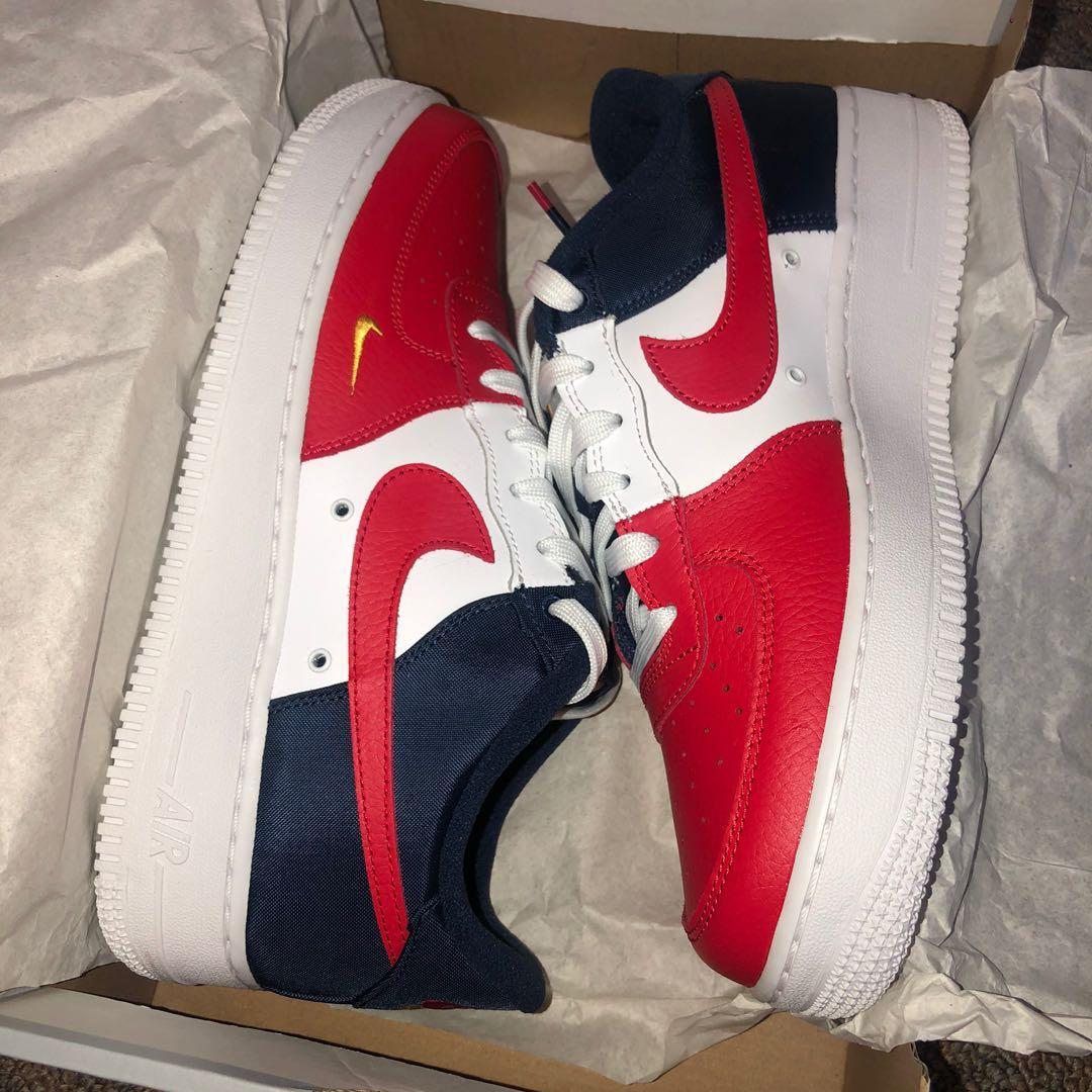 Nike low top sneakers