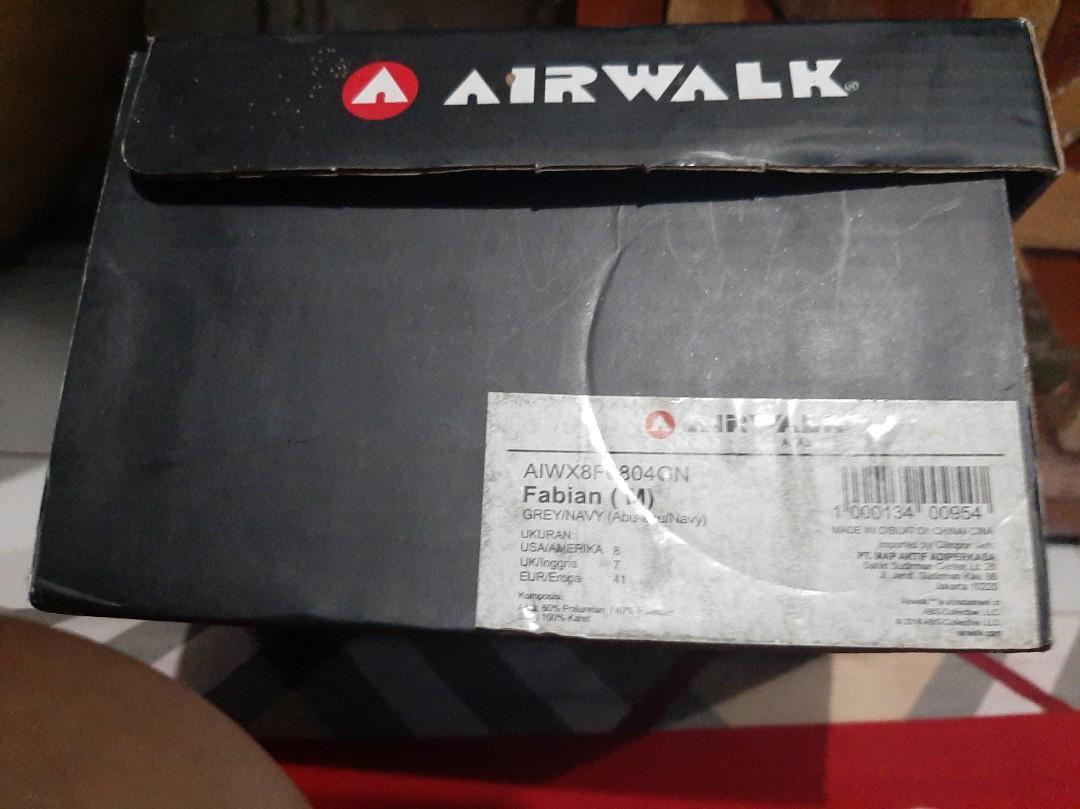 Sepatu Airwalk grey