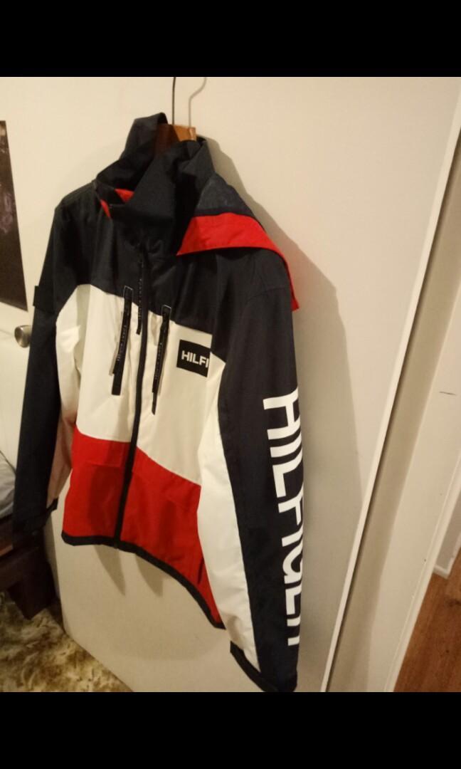 Tommy Hilfiger hooded tech jacket (large) nylon - brand new
