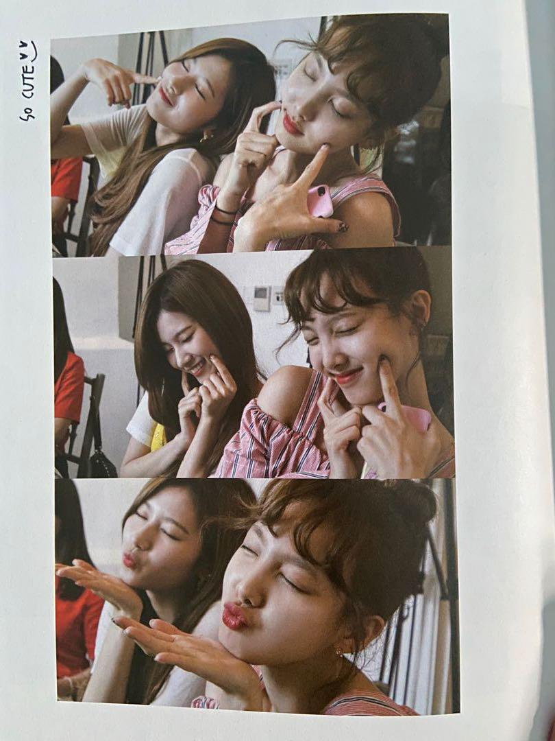 TWICE – PHOTO BY DAHYUN PHOTOBOOK (LIMITED EDITION) UNSEALED