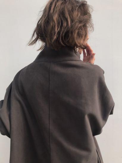 (🇯🇵日本代購)日幣¥30,250円【AMERI】代官山知名品牌夢幻逸品大牌感麂皮感直線剪裁高領立領牛角扣深灰外套