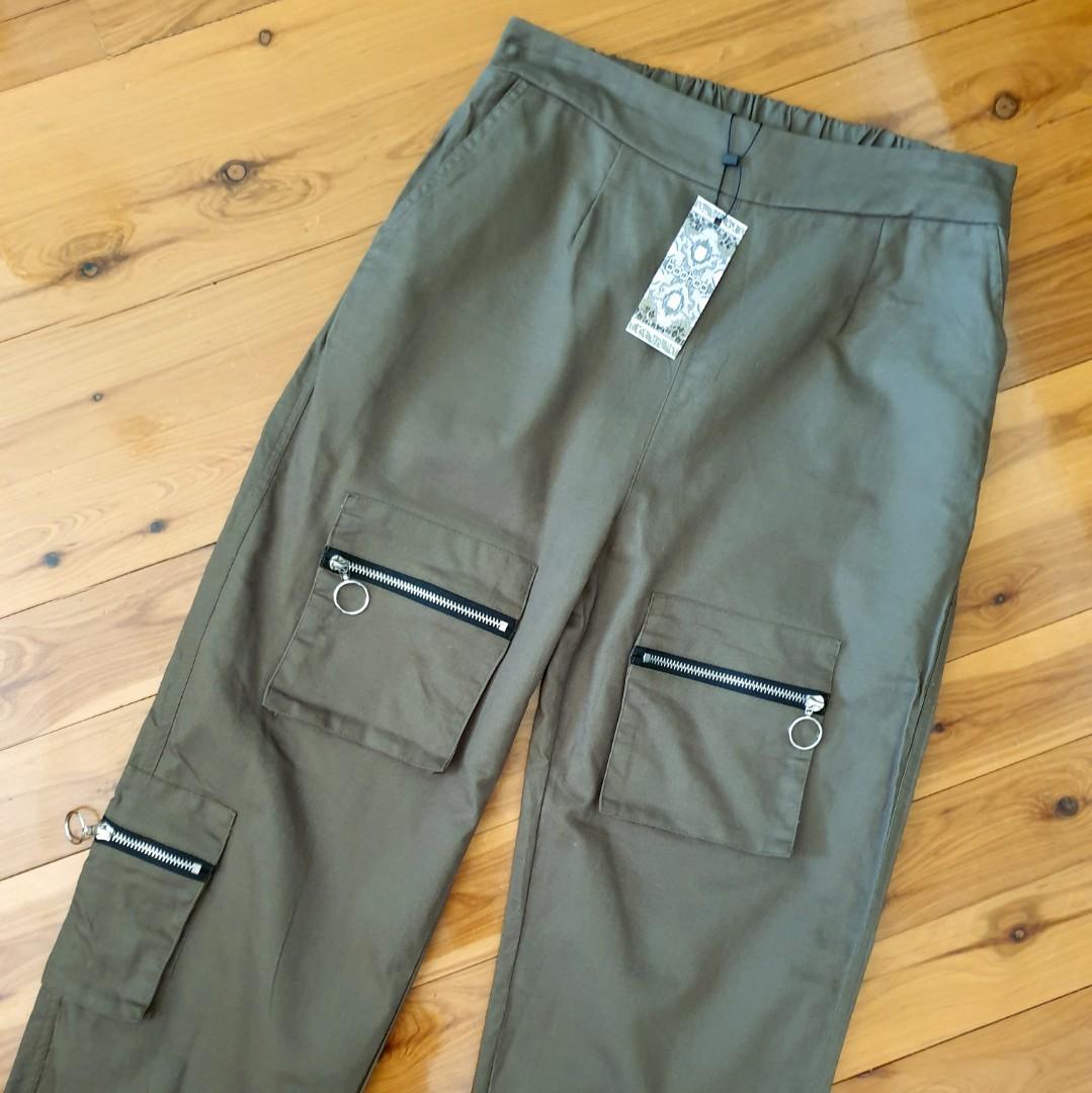Women's size 12 'BOOHOO' Gorgeous khaki cargo utility pants - BNWT