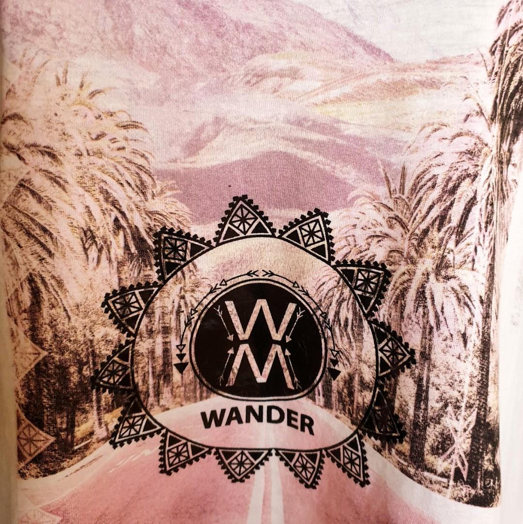Women's size 12 'PAVEMENT' Gorgeous Wander boho cotton art t-shirt -  AS NEW
