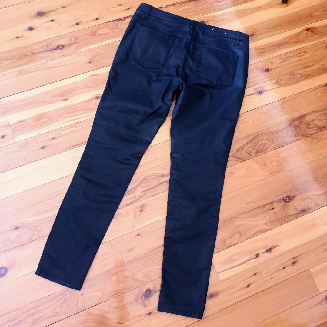 Women's size 16 'COUNTRY ROAD' Stunning black denim stretch skinny jeans -AS NEW