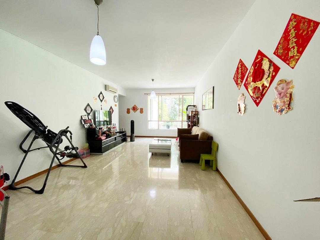 Yishun Emerald Cheap 3 bedder for Sale