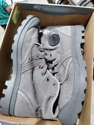 Palladium Grey