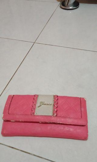 Dompet Pink Guess