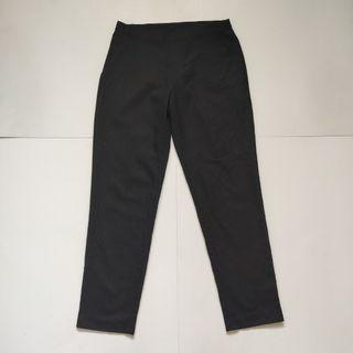 Uniqlo slim fit stripped ankle pants black