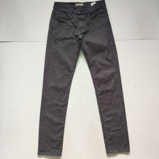 Uniqlo slim fit stretchable coloured jeans kelabu