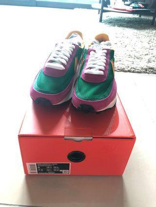 Nike Sacai waffle pine green