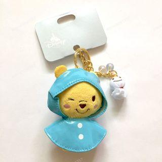 小熊維尼 晴天娃娃 鑰匙圈 雨衣裝扮 吊飾 維尼 winnie the pooh 日本 迪士尼 限定 商品 DISNEY