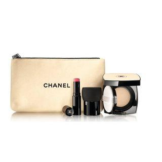 Chanel LES BEIGES HEALTHY GLOW TOUCH-UP SET FOUNDATION SPF25 / PA+++ N°20