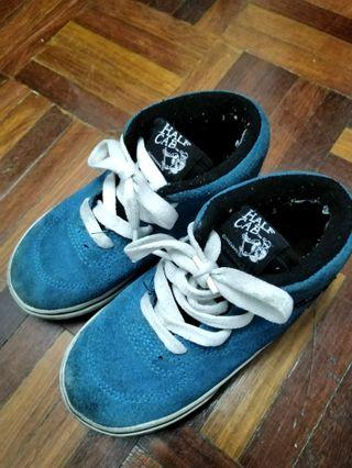 Vans 1992 half cab shoes