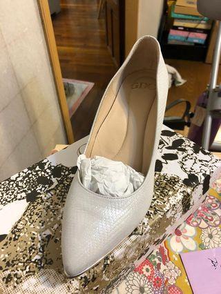 GDC 婚鞋 高跟鞋 銀白色 九成五新 氣墊 好走