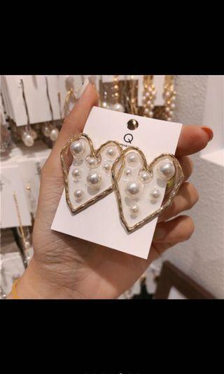 韓國🇰🇷楊丞琳同款不規則愛心珍珠耳環
