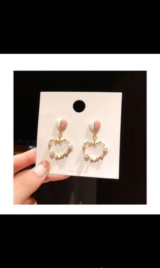 韓國🇰🇷新款甜美系愛心耳環