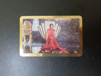 JeongYeon Feel Special Gold Card