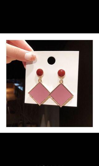 韓國🇰🇷新款個性紅色菱形耳環