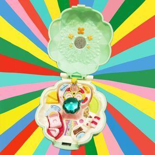 2013年日本絕版萬代Twinkle Pact類似Polly pocket口袋娃娃迷你幸運草玩具公仔寶盒變身器日版正版