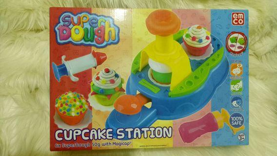 EMCO Super Dough Cupcake Station (BIG SIZE)