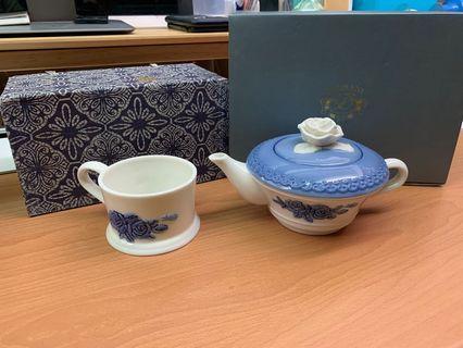 日本朵蔓妮陶瓷茶壺  / 茶杯